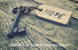 key-and-label-hope-concept-pictures_csp23634181